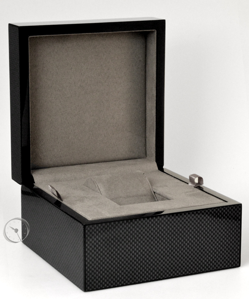 Watch box carbon look large