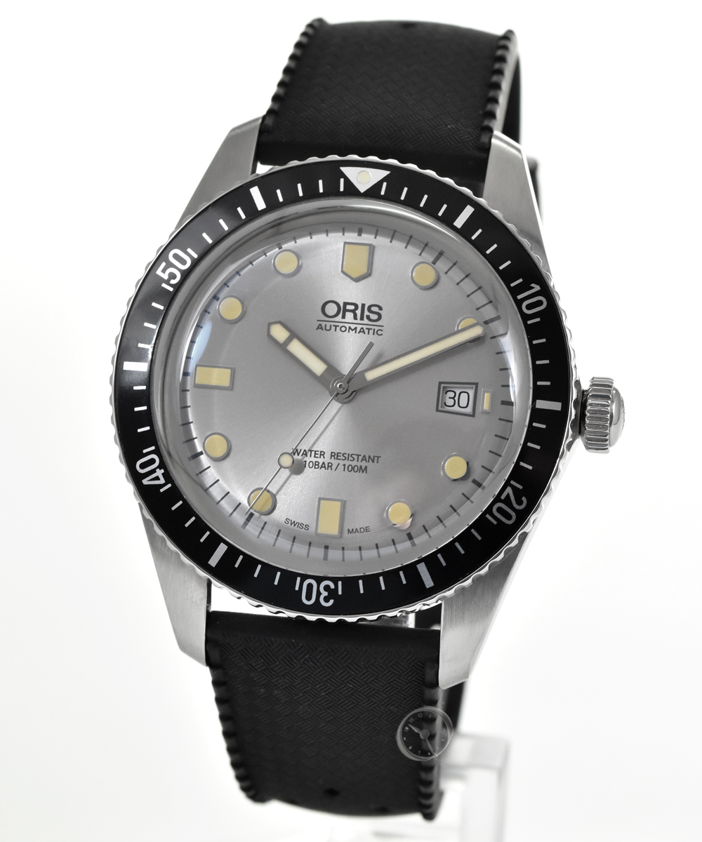 Oris Divers Sixty-Five - 35% saved!*