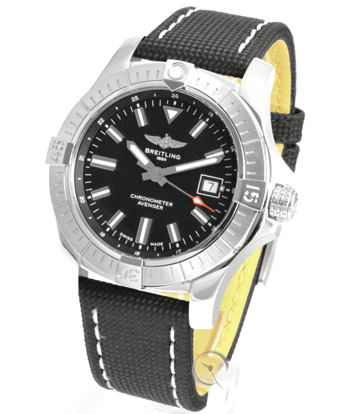 Breitling Avenger Automatic 43 - 21,9% saved*