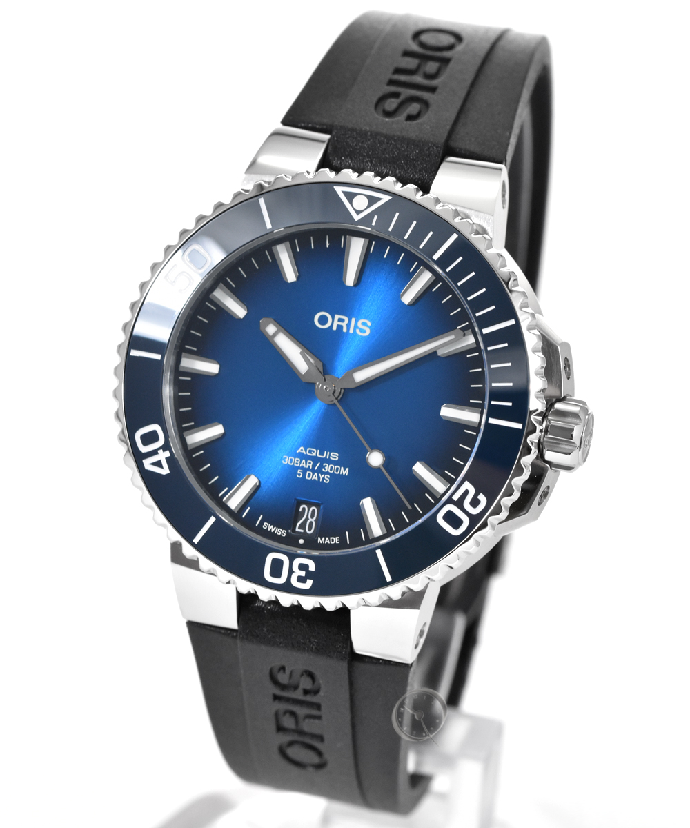 Oris Aquis 41,5mm Date Calibre 400 - 20,3% saved!*