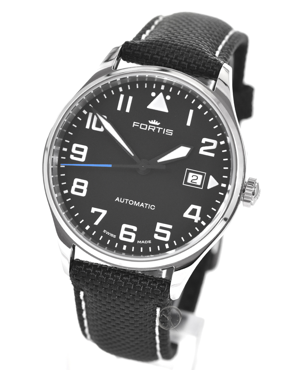 Fortis Pilot Classic date - 23,6% saved!*