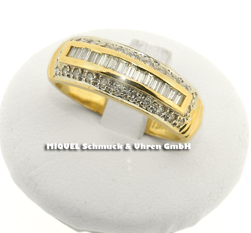Ladies ring in yellow gold 18ct with diamonds