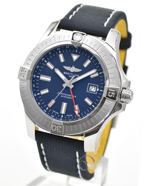 Breitling Avenger 45 GMT - 22% saved!*