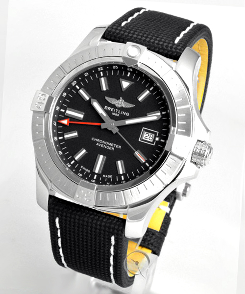 Breitling Avenger Automatic GMT 43 - 21.5% saved!*