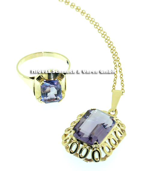 Jewelry set with an Amethyst pendant and a ring